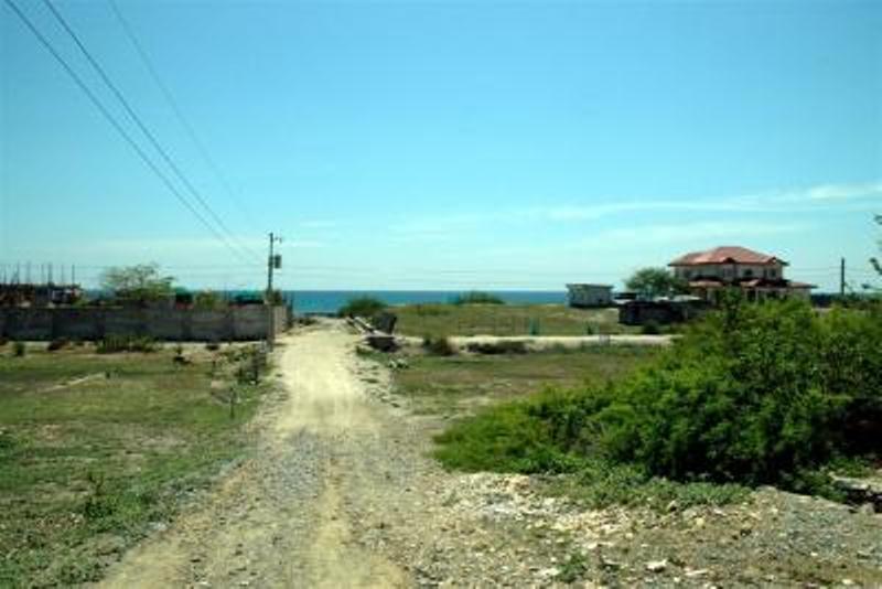 bacnotan-beach-lot-for-sale