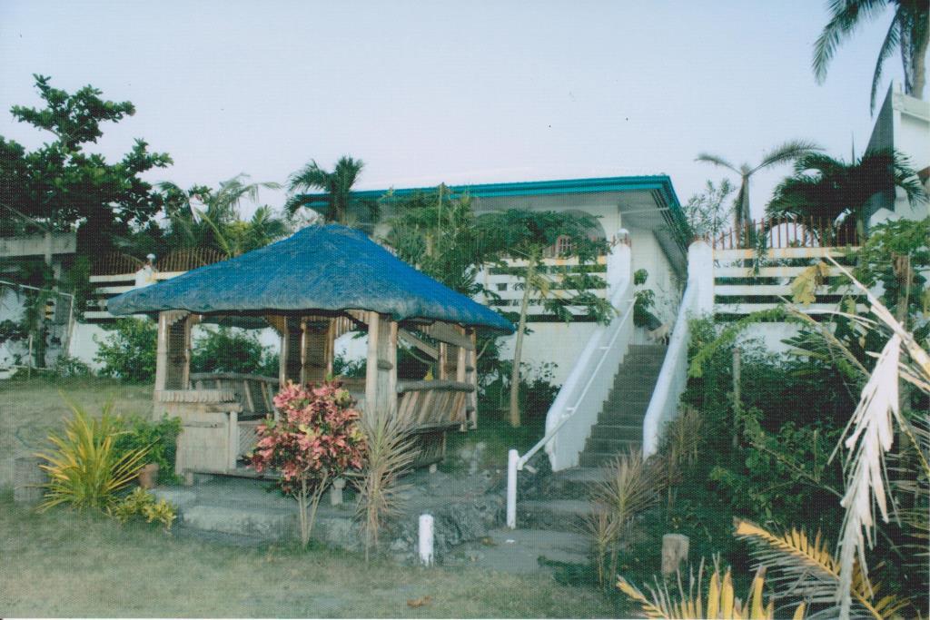 Titled Beach Front House for sale, San Juan, La Union, Ilocos (SOLD)