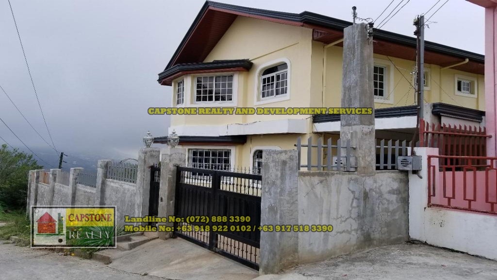 8 Bedroom House With Scenic View in Baguio City