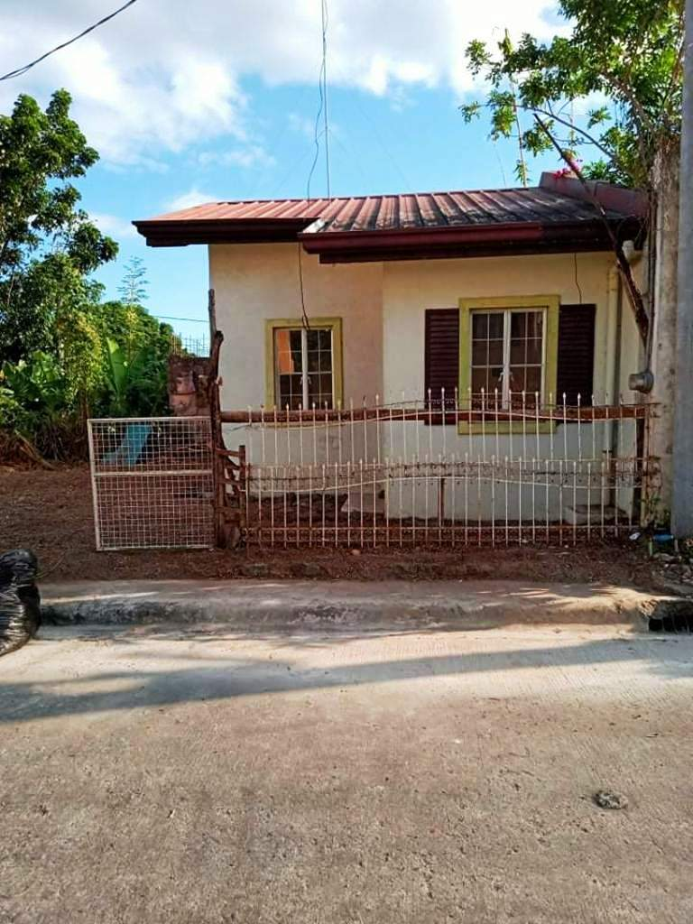 Titled Bungalow Type House and lot for sale Teresa Rizal